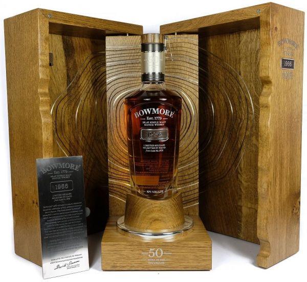 Bowmore 50 Jahre Single Malt Whisky von 1966 nur 74 Flaschen weltweit