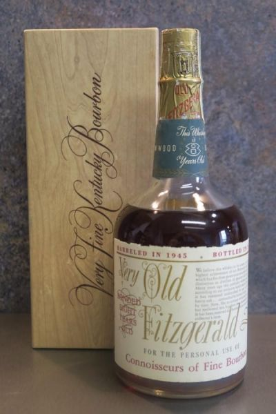 Very Old Fitzgerald 1945 - 1953 Kentucky Straight Whisky Bourbon 8 Years